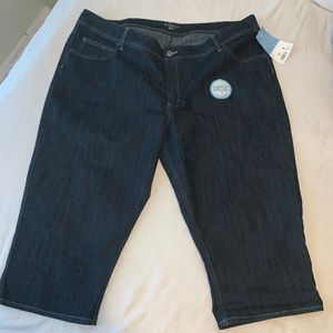 Lee Riders Capris size 26W NWT